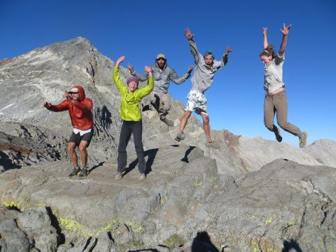 SBT_sierras_jumping